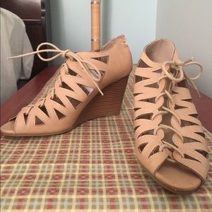 Brand new wedge tie up heels